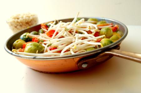 kokos-curry-met-spruitjes